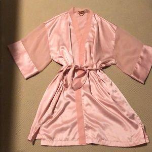 Victoria's Secret Pink Bombshell Robe